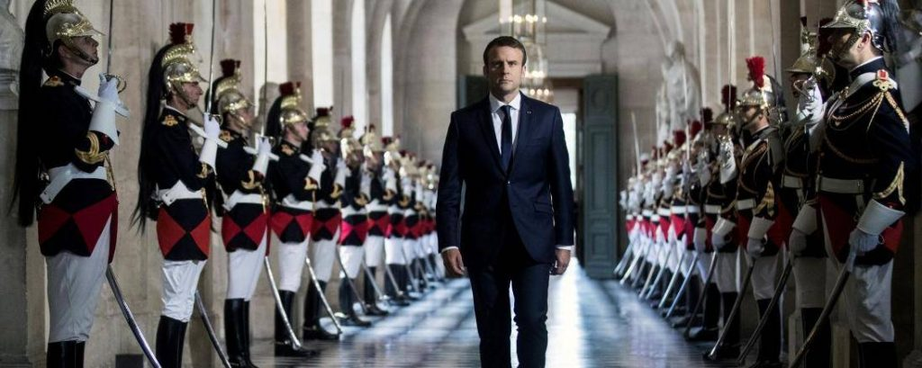Les réformes de la Justice prévue par Emmanuel Macron devront être approuvée par les 3 cinquième du Parlement ou par référendum. © Etienne LAURENT / EPA POOL/AFP